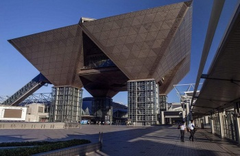 日本东京有明国际会展中心Tokyo Big Sight International Exhibition Center